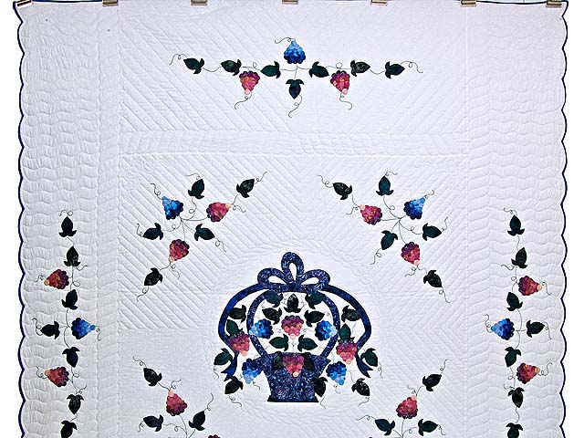 Applique Grape Basket Quilt Photo 2