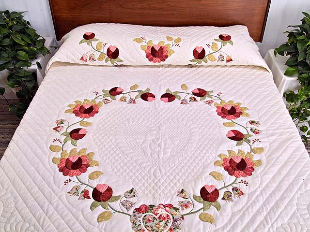 King Heart of Rose Quilt Photo 1
