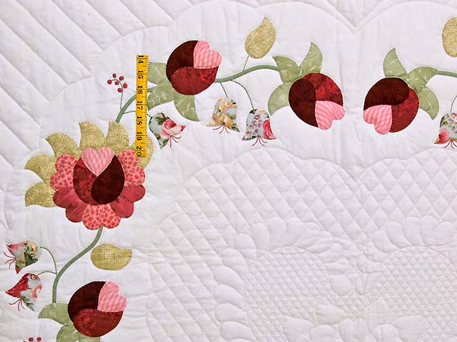 King Heart of Rose Quilt Photo 4