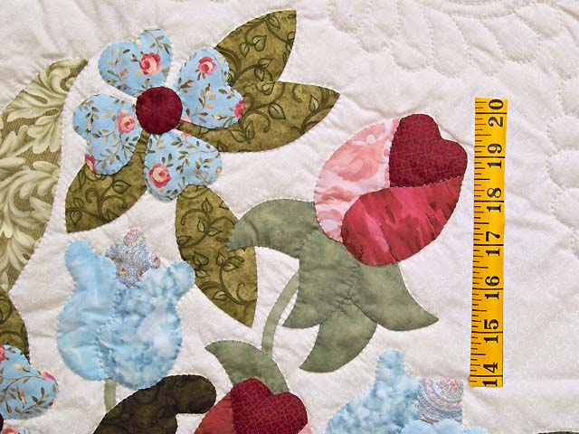 Blue and Rose Spring Basket Quilt Photo 5