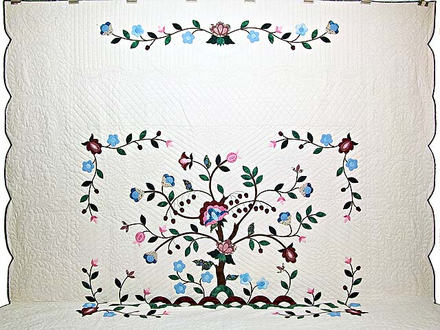 Rose Blue and Green Tree of Life Appliqué Quilt Photo 2