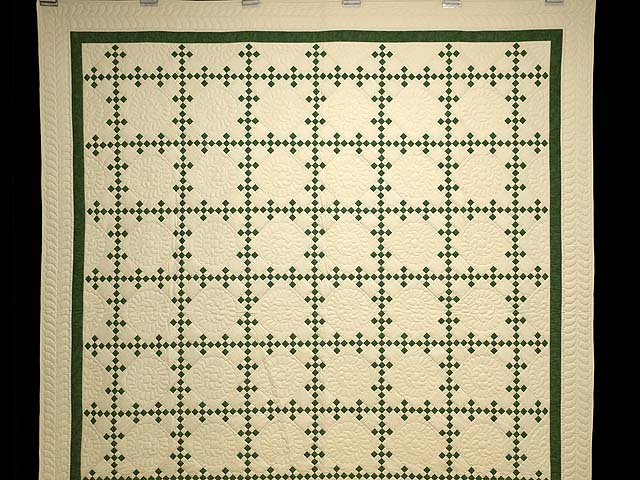 Full Green and Tan Nine Patch Quilt Photo 2