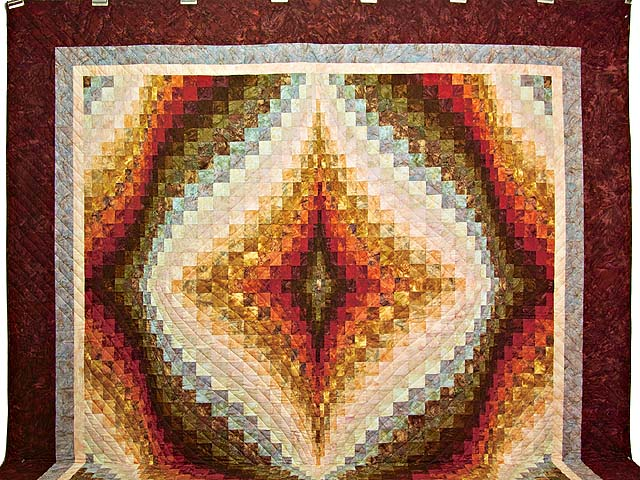 King Hand Painted Diamond Bargello Quilt Photo 2