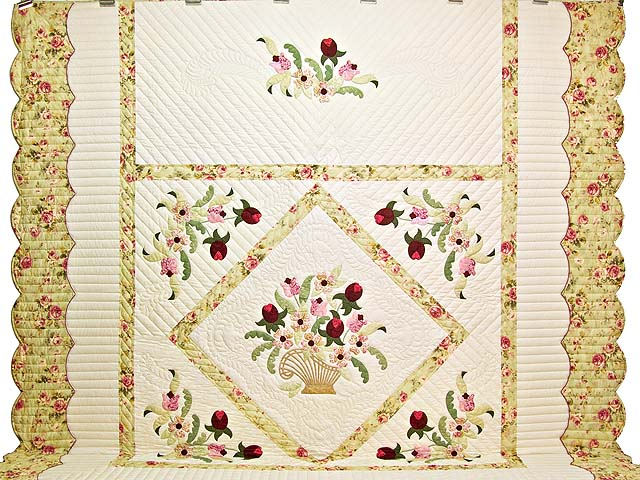 King Willow Green and Rose Spring Basket Quilt Photo 2