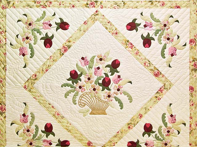 King Willow Green and Rose Spring Basket Quilt Photo 3
