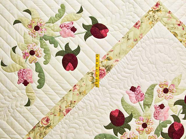 King Willow Green and Rose Spring Basket Quilt Photo 4