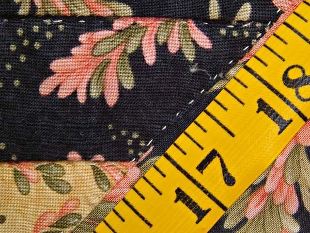 Gold Rose and Black Lone Star Log Cabin Quilt Photo 8