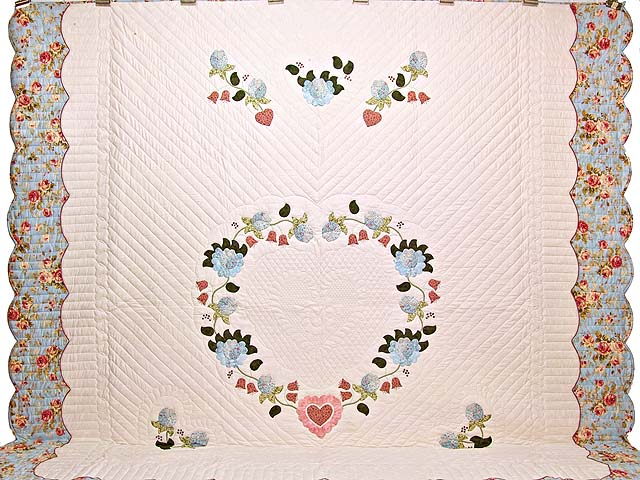King Powder Blue Pink and Rose Heart of Roses Quilt Photo 2