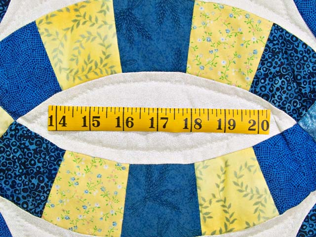 Blue and Yellow Double Wedding Ring Quilt Photo 6