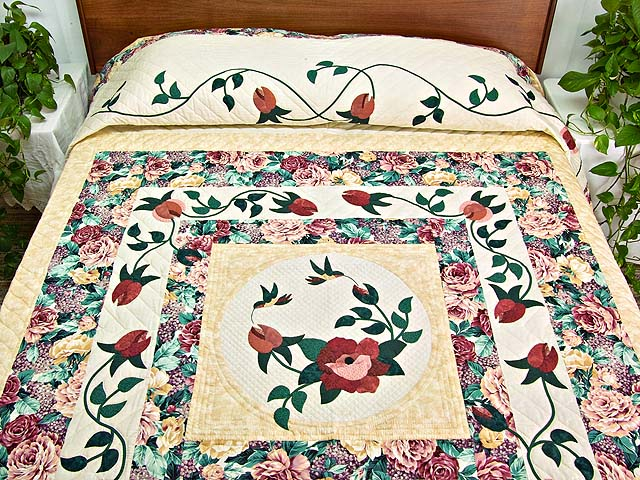 Rose and Wheat I Promised You a Rose Garden Quilt Photo 1