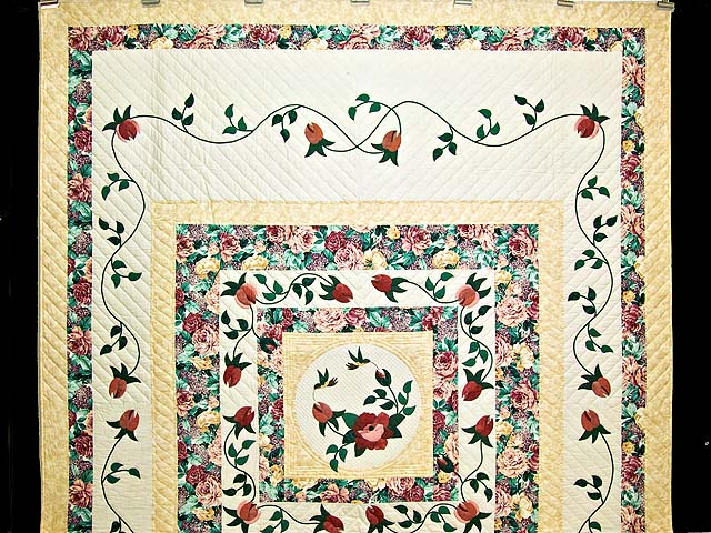 Rose and Wheat I Promised You a Rose Garden Quilt Photo 2