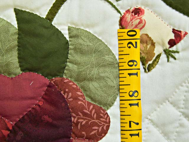 Burgundy and Green Heart of Roses Quilt Photo 6