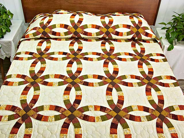 Brown Rust Sage and Gold Double Wedding Ring Quilt Photo 1