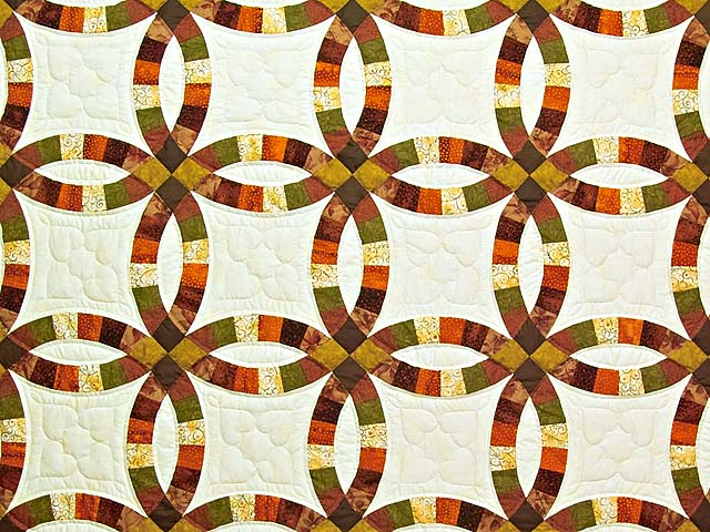 Brown Rust Sage and Gold Double Wedding Ring Quilt Photo 3