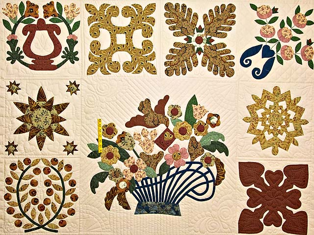 Baltimore Album Sampler Quilt Photo 4