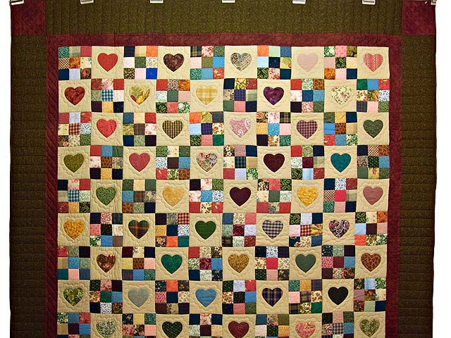 Dark Green Burgundy and Multicolor Hearts and Nine Patch Quilt Photo 2
