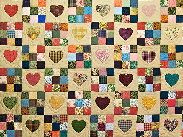 Dark Green Burgundy and Multicolor Hearts and Nine Patch Quilt Photo 3