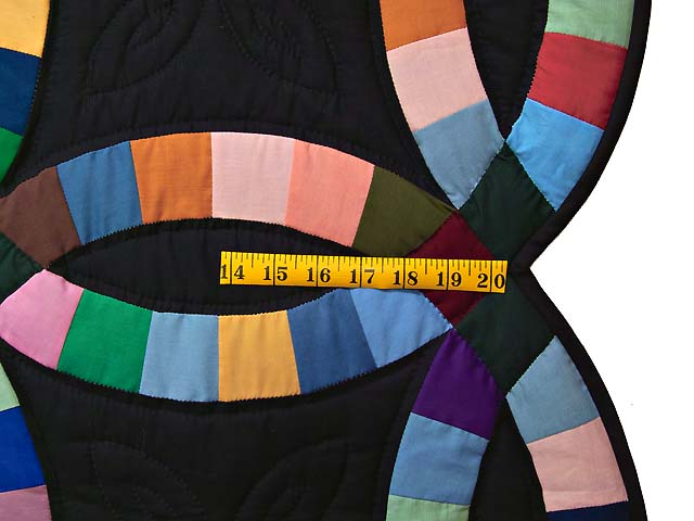 Almost Amish Double Wedding Ring Quilt Photo 6