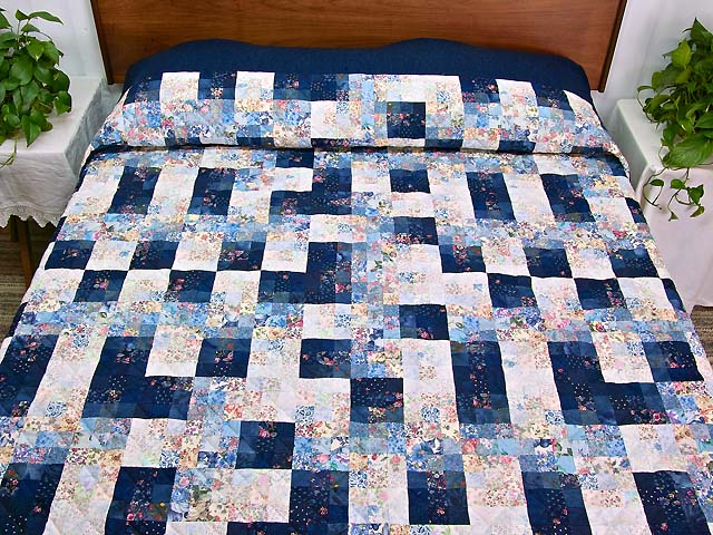 King Navy Blue Fabric Maze Quilt Photo 1