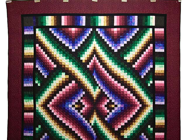 Almost Amish Bargello Links Quilt Photo 2