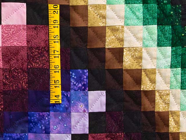 Almost Amish Bargello Links Quilt Photo 5