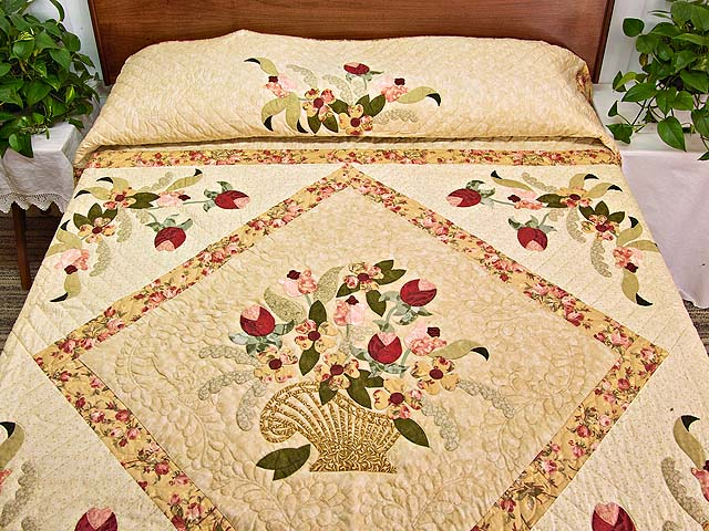 King Sage Green and Rose Spring Basket Quilt Photo 1