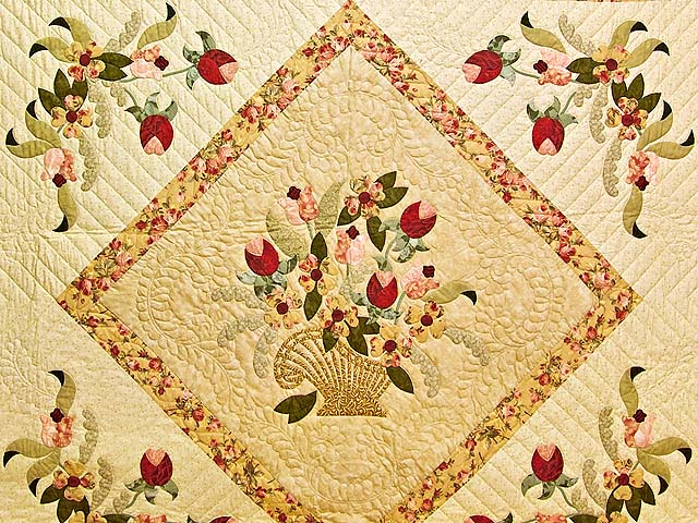 King Sage Green and Rose Spring Basket Quilt Photo 3