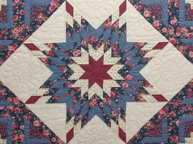 Blues Rose and Cream Lone Star Log Cabin Quilt Photo 3