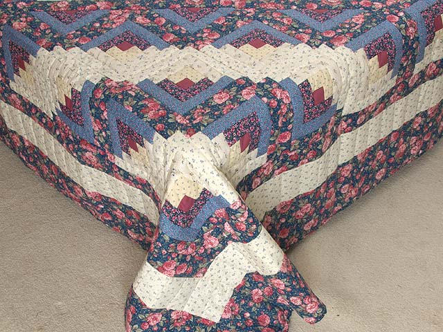 Blues Rose and Cream Lone Star Log Cabin Quilt Photo 7