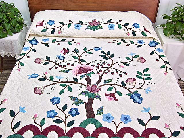 Rose Blue and Green Tree of Life Appliqué Quilt Photo 1