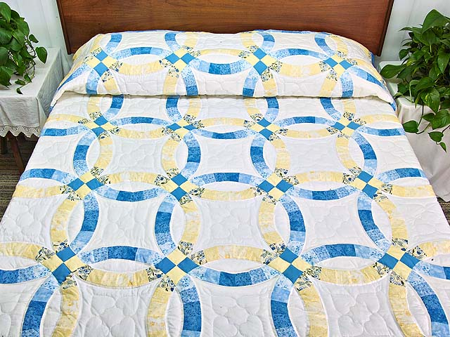 Blue and Yellow Double Wedding Ring Quilt Photo 1