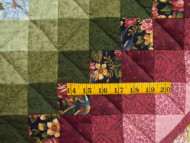 Rose and Multicolor Sunshine Sweetheart Quilt Photo 6