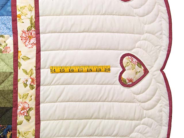Rose and Multicolor Sunshine Sweetheart Quilt Photo 7