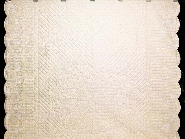 All Neutrals Heart of Roses Quilt Photo 2