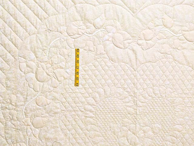 All Neutrals Heart of Roses Quilt Photo 4