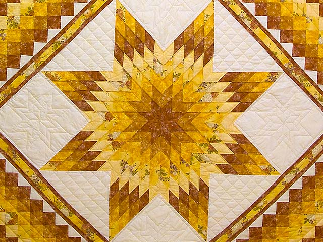 King Gold and Cream Lone Star Trip Quilt Photo 3