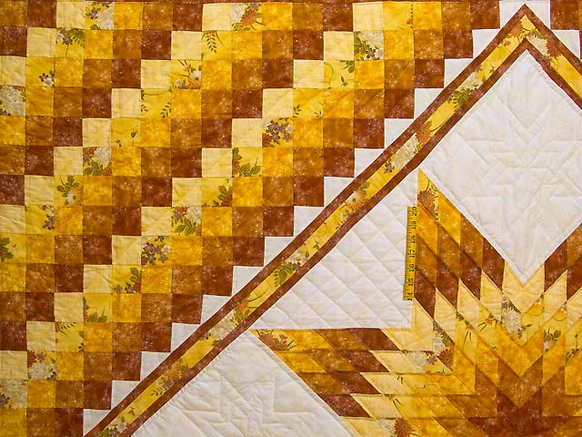 King Gold and Cream Lone Star Trip Quilt Photo 4