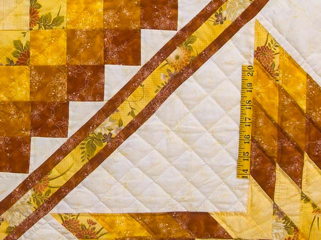King Gold and Cream Lone Star Trip Quilt Photo 5
