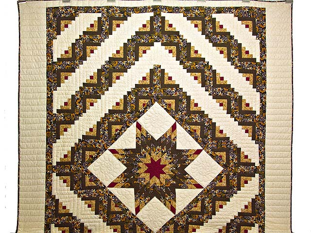 Brown and Gold Lone Star Log Cabin Quilt Photo 2