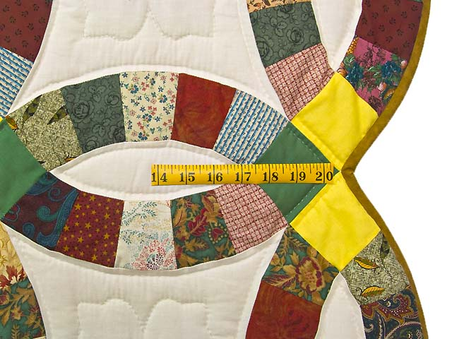 Yellow Green and Multicolor Double Wedding Ring Quilt Photo 7