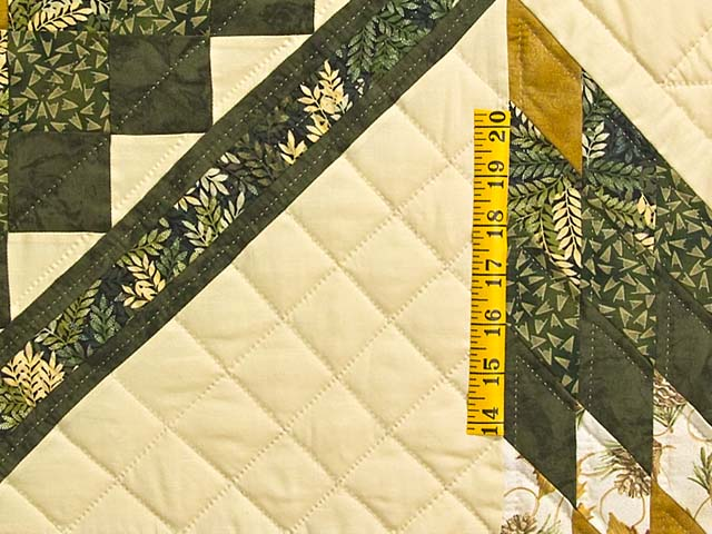 Dark Green and Gold Lone Star Trip Quilt Photo 5