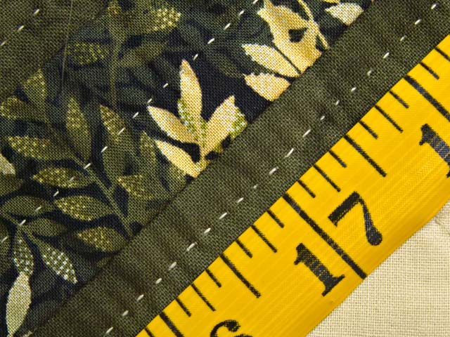 Dark Green and Gold Lone Star Trip Quilt Photo 7