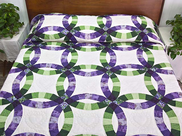 King Green and Purple Double Wedding Ring Quilt Photo 1