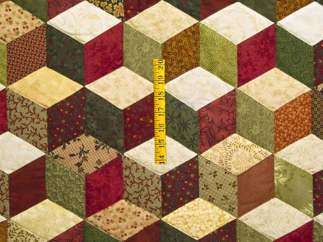 Green Gold and Red Tumbling Blocks Quilt Photo 4