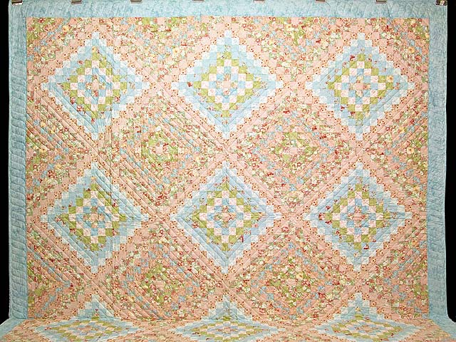 King Pastel Mosaic Quilt Photo 2