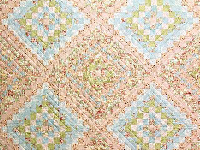 King Pastel Mosaic Quilt Photo 3