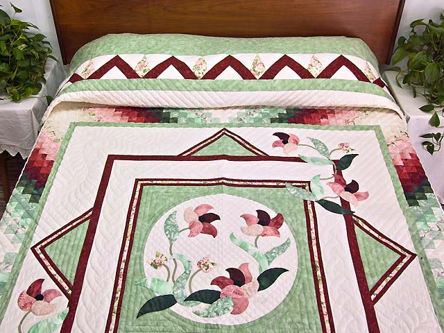 Mint and Rose on Ivory Rainbow Reflections Quilt Photo 1