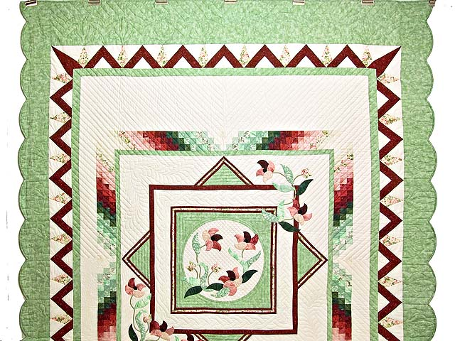 Mint and Rose on Ivory Rainbow Reflections Quilt Photo 2
