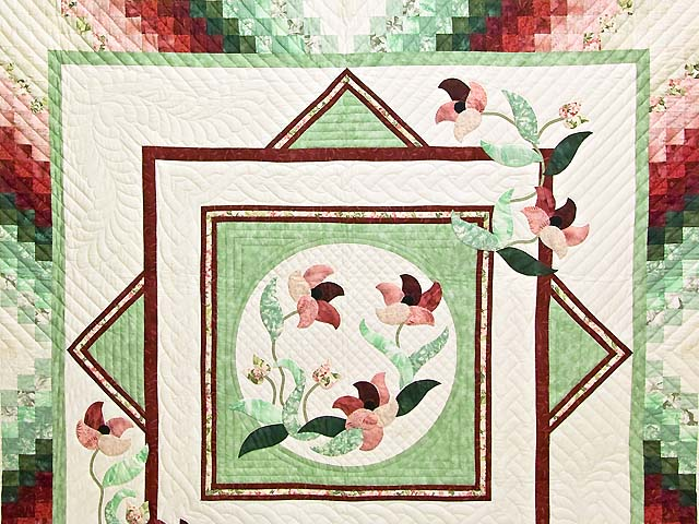 Mint and Rose on Ivory Rainbow Reflections Quilt Photo 3