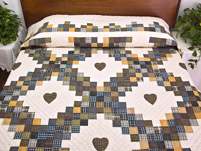 King Plaid with Hearts Triple Irish Chain Quilt Photo 1